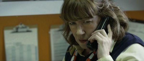 Ann Dowd como a gerente do fast-food em Compliance (foto por Outnow.ch)