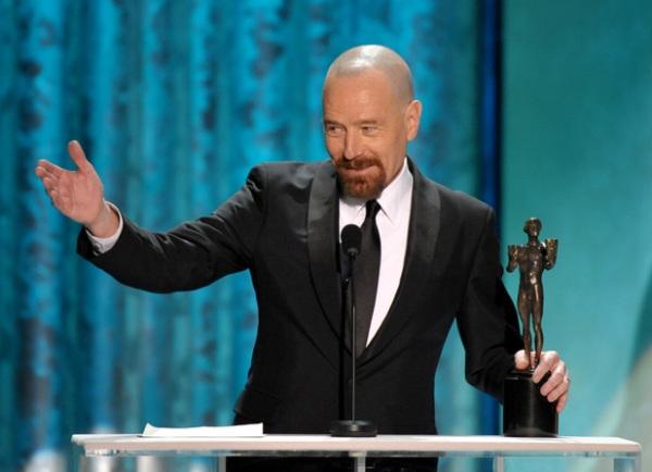 Bryan Cranston recebeu dois prêmios: Melhor Elenco por Argo e Melhor Ator de TV - Drama por Breaking Bad, batendo o favorito Damian Lewis de Homeland (photo by digitalspy.com)