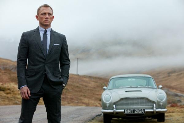 Com Daniel Craig, os filmes de James Bond atingiram um novo patamar nas bilheterias e com a crítica, sem abrir mão da tradição de Ian Fleming (foto por BeyondHollywood.com)