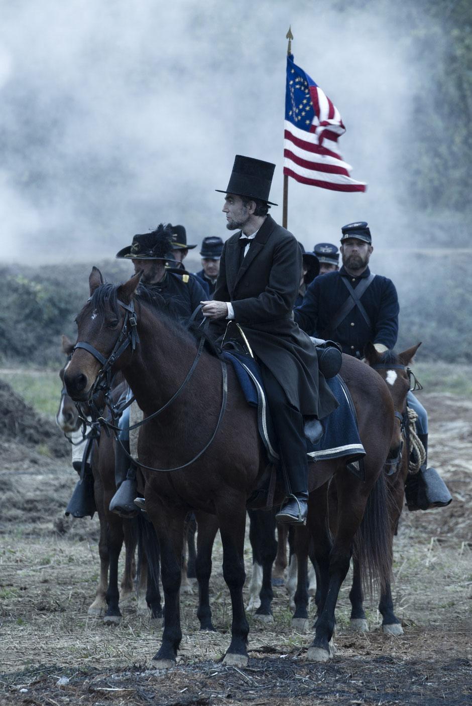 Daniel Day-Lewis lidera em Lincoln (photo by BeyondHollywood.com)