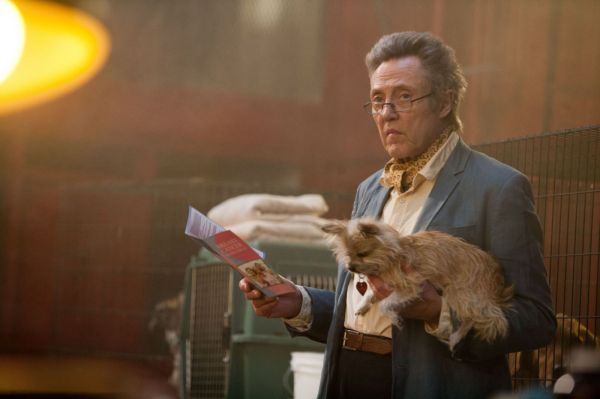 Christopher Walken e o Shih Tzu em Sete Psicopatas e um Shih Tzu (photo by OutNow.CH)