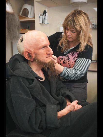 Um dos milhares trabalhos de maquiagem de O Hobbit: Uma Jornada Inesperada (photo by digititles.com)
