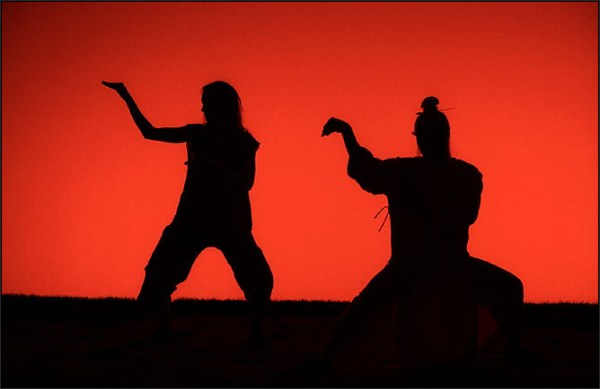 Cena visual de Kill Bill: Vol. 2 (2004) com fotografia de Robert Richardson (photo by odeon.typepad.com)