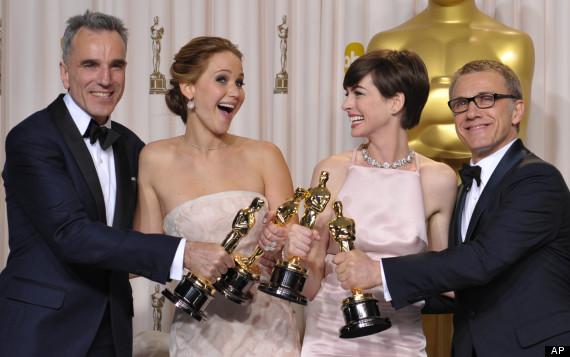 Atores oscarizados: Daniel Day-Lewis, Jennifer Lawrence, Anne Hathaway e Christoph Waltz