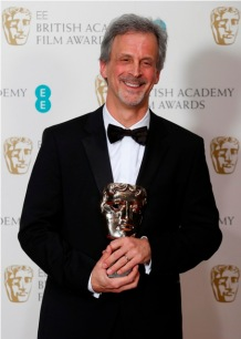 William Goldenberg, recebendo seu BAFTA por Argo (photo by latinospost.com)