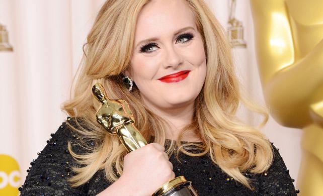 Adele foi a primeira a vencer um Oscar com uma canção-tema de James Bond (photo by gloss.abril.com.br)