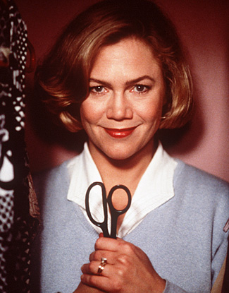 Kathleen Turner em Mamãe é de Morte (photo by futuracast.wordpress.com)