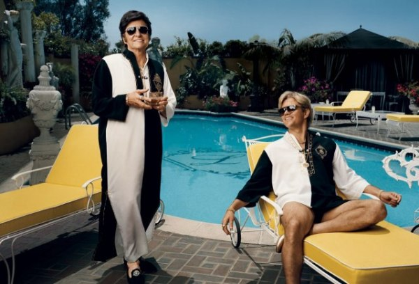 "Michael Douglas e Matt Damon já caracterizados em Behind the Candelabra, de Steven Soderbergh: ""Gay demais""? (photo by www.cine.gr)"