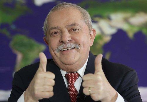 """Para Lula, Mensalão é """"ficção científica"""" e não gosta de jornalistas só porque insistem em contrariá-lo"""