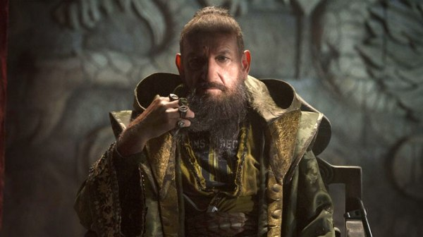 Ben Kingsley como o Mandarim (photo by www.beyondhollywood.com)