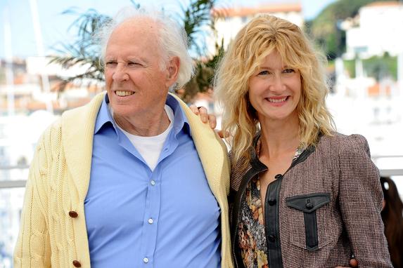 O veterano Bruce Dern ao lado da filha, a também atriz Laura Dern, em sessão de fotos de Cannes pelo filme Nebraska.