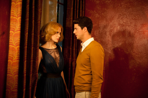 Tensão sexual entre cunhados: Nicole Kidman e Matthew Goode exercitam olhares e gestos (photo by www.cinemagia.ro)