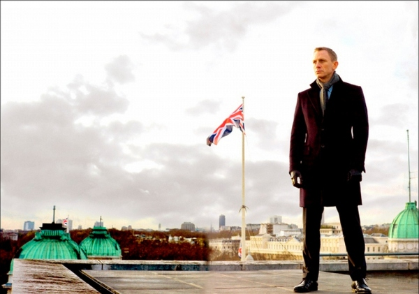 007 - Operação Skyfall, de Sam Mendes (photo by www.beyondhollywood.com)