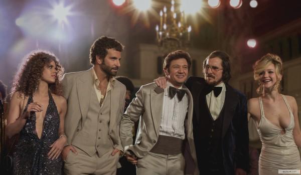 Amy Adams, Bradley Cooper. Jeremy Renner, Christian Bale
