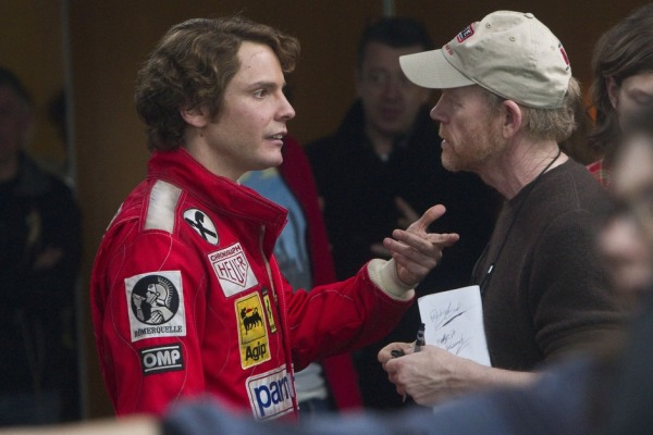 Daniel Bruhl conversa com o diretor Ron Howard (photo by www.beyondhollywood.com)