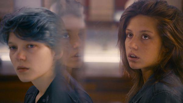 Favorito na categoria de Filme Estrangeiro: o francês Azul é a Cor Mais Quente, de Abdellatif Kechiche (photo by www.outnow.ch)