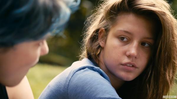 Vencedor da Palma de Ouro e do prêmio do NYFCC, Azul é a Cor Mais Quente está fora da corrida pelo Oscar de Filme Estrangeiro. Porém a bela Adèle Exarchopoulos pode ser uma surpresa (photo by www.elfilm.com)