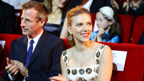 Scarlett Johansson ao lado do diretor Spike Jonze no último Festival de Roma (photo by )
