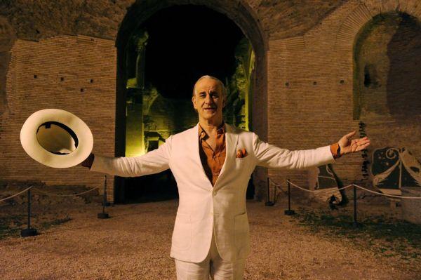 Toni Servillo em cena de A Grande Beleza (photo by www.outnow.ch)