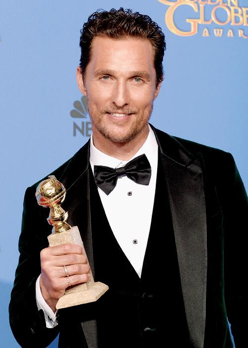 Matthew McConaughey vence por Clube de Compras Dallas
