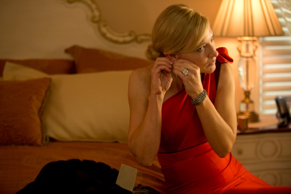 Cate Blanchett em Blue Jasmine (photo by cine.gr)