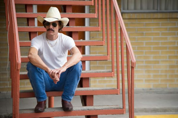 Matthew McConaughey em Clube de Compras Dallas (photo by outnow.ch)