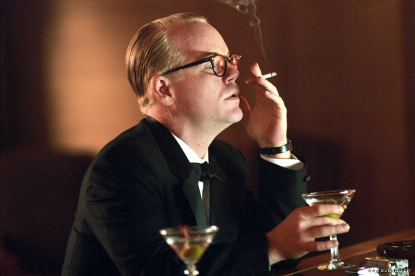 Como Truman Capote, Philip Seymour Hoffman (photo by outnow.ch)