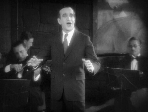 Cena de O Cantor de Jazz: Al Jolson foi o primeiro a falar num filme (photo by billdesowitz.com)