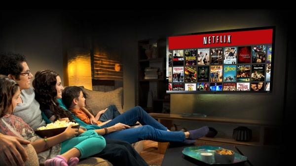 Pra que encarar filas, pipocas caras e gente mal educada nas salas? Ligue a TV no Netflix (photo by adrenaline.uol.com.br)