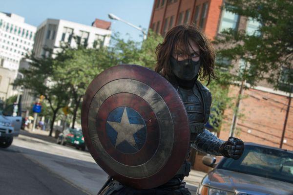 Sebastian Stan em ótima performance como o Soldado Invernal na sequência Capitão América: O Soldado Invernal (photo by outnow.ch)