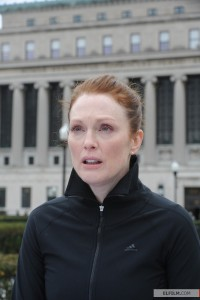 Julianne Moore como Dra. Alice Howland em Still Alice (photo by elfilm.com)
