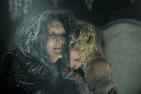 Meryl Streep como a Bruxa de Caminhos da Floresta (photo by outnow.ch)