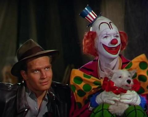 Charlton Heston e James Stewart em cena de O Maior Espetáculo da Terra, de Cecil B. DeMille, que levou o Oscar de Melhor Filme. (photo by prettycleverfilms.com)