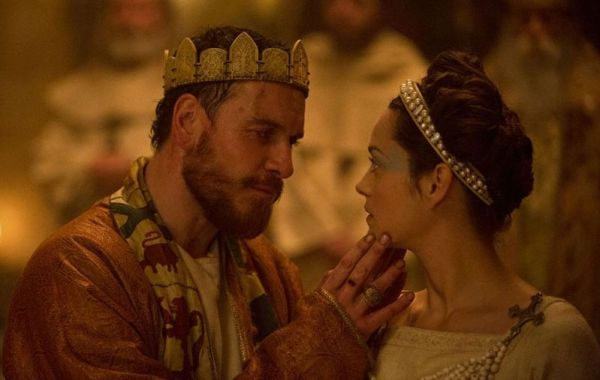 O casal Macbeth: Michael Fassbender e Marion Cotillard na adaptação de Shakespeare (photo by cine.gr)