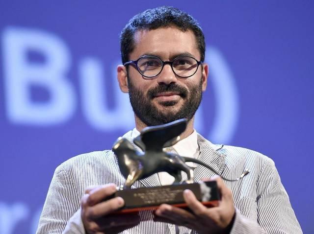 O pernambucano Gabriel Mascaro com o Prêmio Especial do Júri da Mostra Horizontes por Boi Neon (photo by elnuevoherald.com)