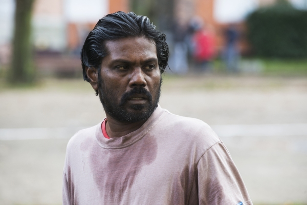 Cena de Dheepan, de Jacques Audiard (photo by cine.gr)