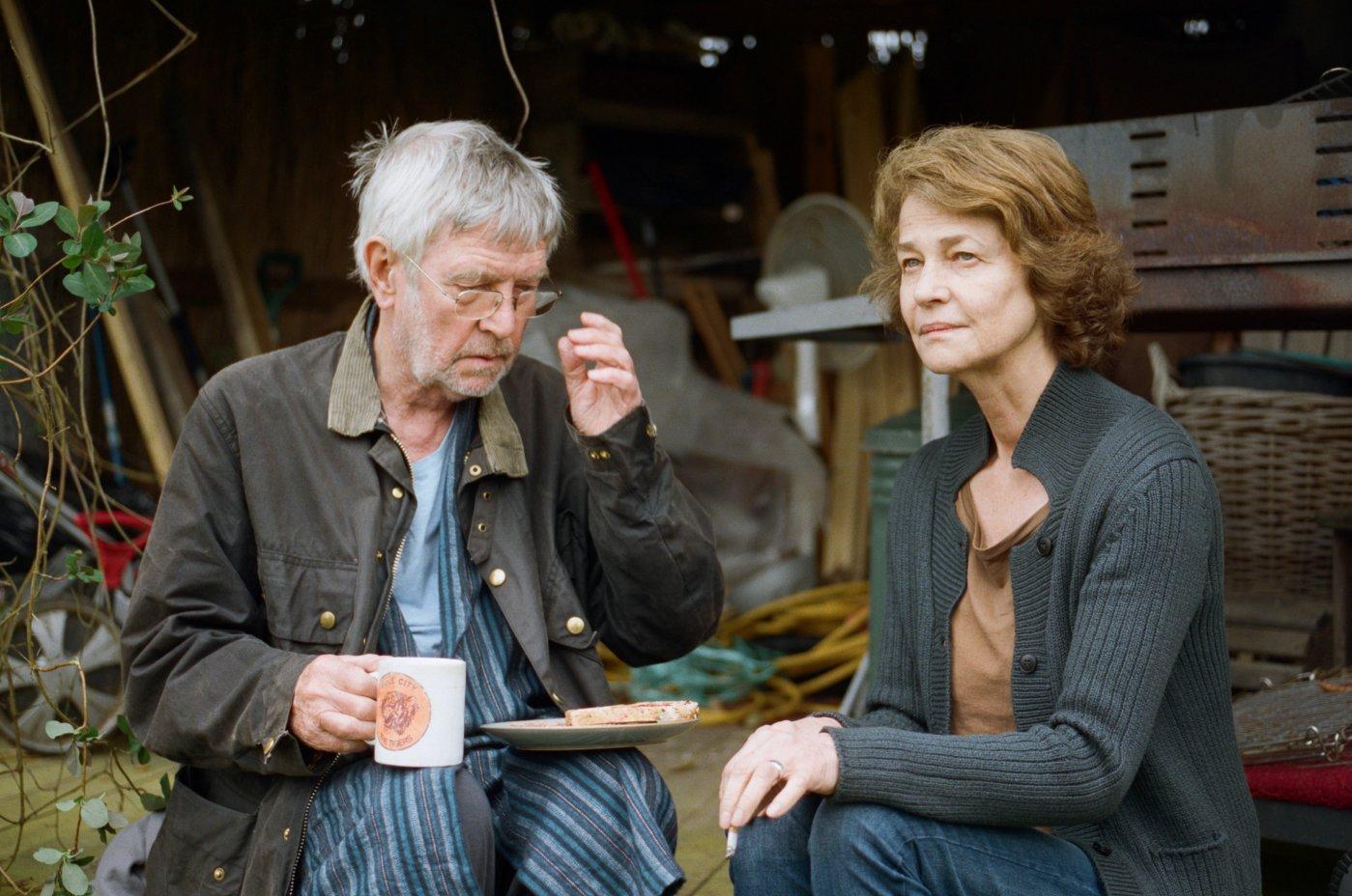 Tom Courtenay em cena com Charlotte Rampling em 45 Anos, de Andrew Haigh (photo by outnow.ch)