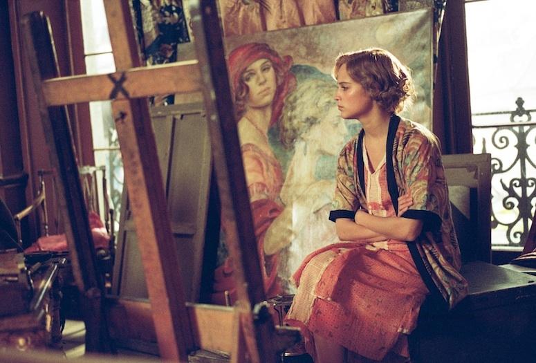 Alicia Vikander em cena de A Garota Dinamarquesa (photo by palmspringlife.com)