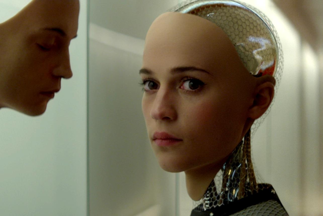 Alicia Vikander como Ava em Ex-Machina: Instinto Artificial (photo by cinemagia,ro)