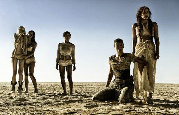 Mad Max: Estrada da Fúria conquista 13 indicações, inclusive duas para Charlize Theron (photo by cine.gr)