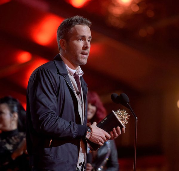 Ryan Reynolds vence como Comedic Performance por Deadpool (photo by estrelando.com.br)