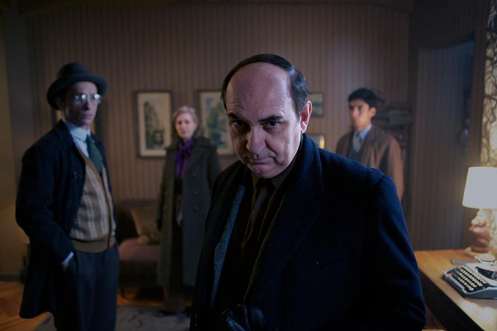 Cena do filme biográfico Neruda, sobre poeta chileno. A vantagem aqui é o diretor Pablo Larraín, que além de já ter sido indicado ao Oscar por No, tem o filme Jackie com Natalie Portman nas categorias principais (photo by cine.gr)