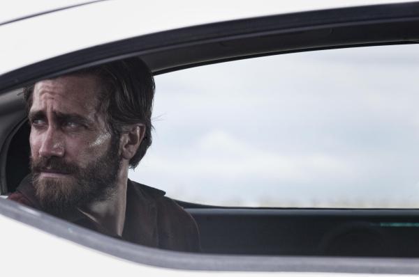 Jake Gyllenhaal em cena de Animais Noturnos, segundo filme sob a direção de Tom Ford (photo by cine.gr)