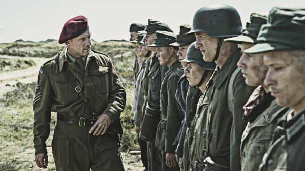 Cena do representante dinamarquês, Terra de Minas. Pic by moviepilot.de