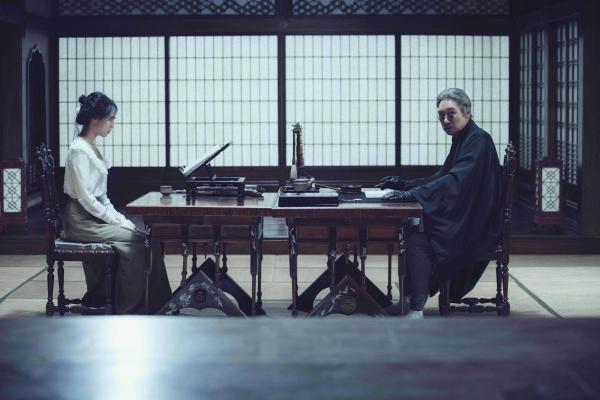 the-handmaiden-mit-min-hee-kim-und-jin-woong-jo