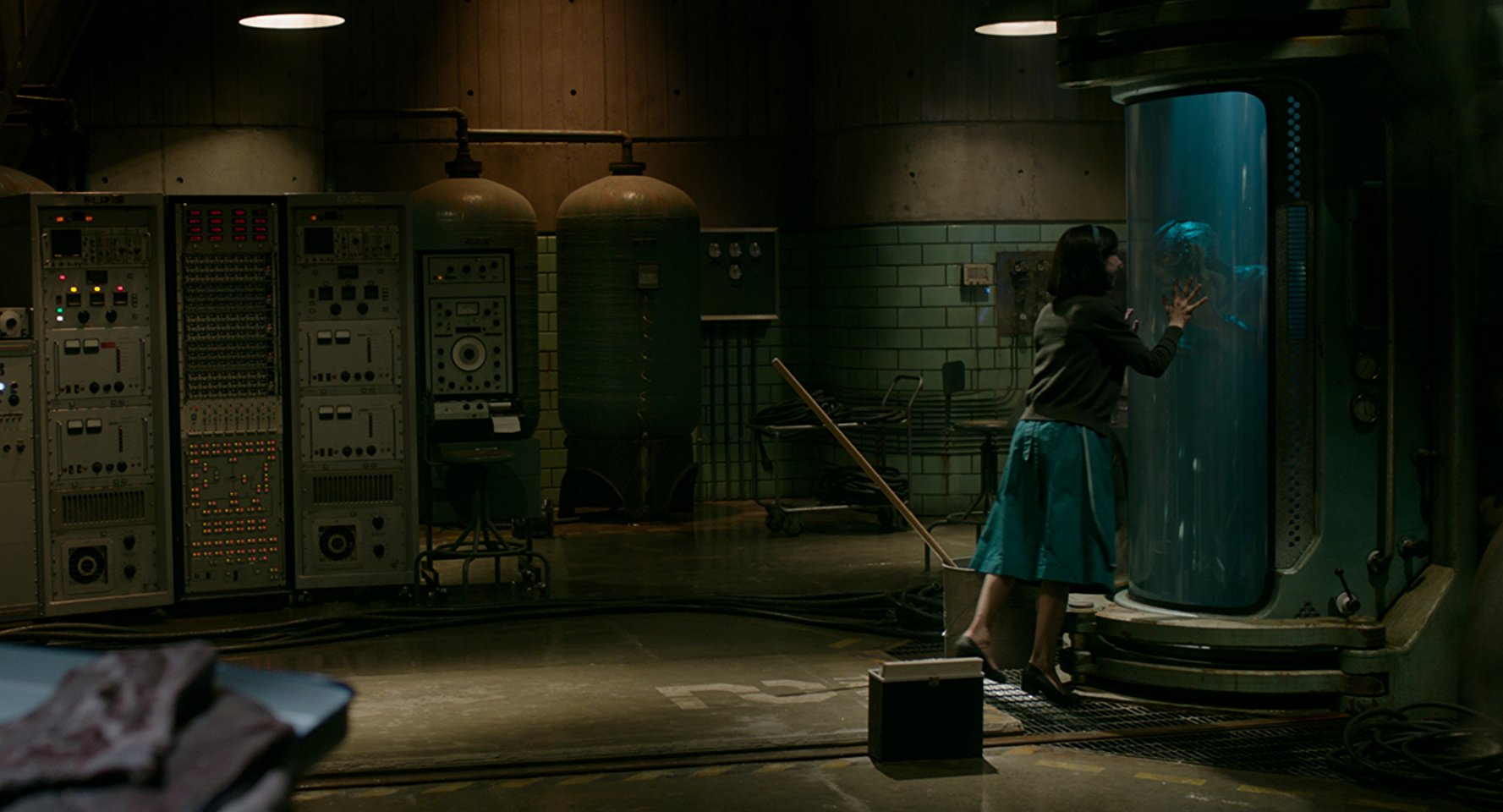 Shape of Water cinametography