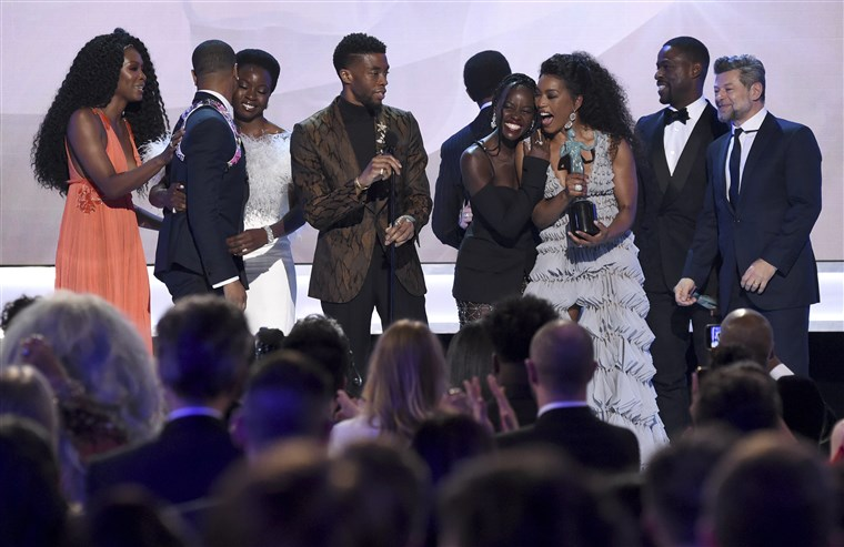 sag-awards-black-panther_1015p_7155242fc0a567b1583d634eab48e21f.fit-760w